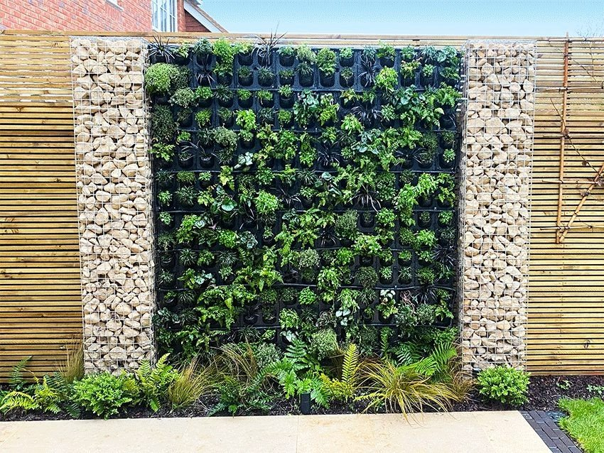 G-WALL - Private Domestic Garden, Keymer, West Sussex - Platipus Modular Living Wall