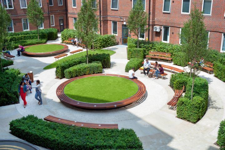 Orchard Lisle Courtyard surrounded on three sides by student accommodation for Guys & St Thomas' Hospital