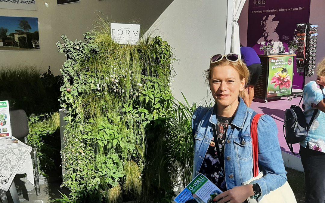 The wonderful Garden Designer Hannah Phillips